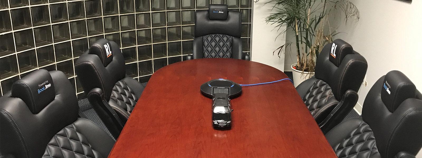 slider-rental-limo-executive-seating